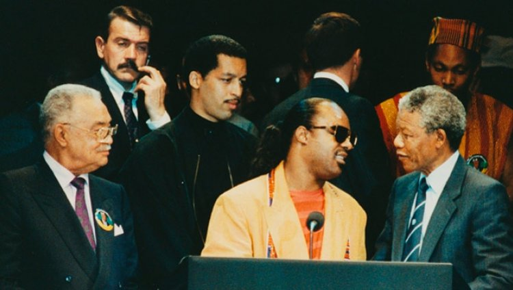 La Morateka: Stevie Wonder y Nelson Mandela