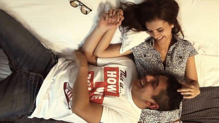"""El video de """"Teorías, Caos y Besos"""""""