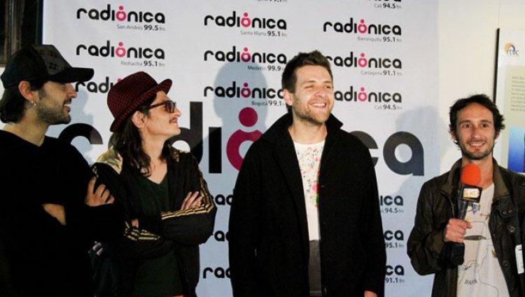 Videocast de Radio Rebelde en lanzamiento del Radio?nica Vol. 4