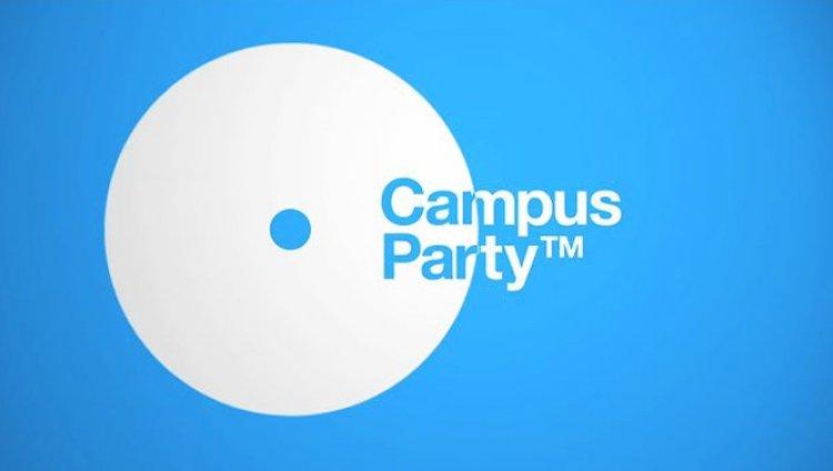 Enchufados al Campus Party