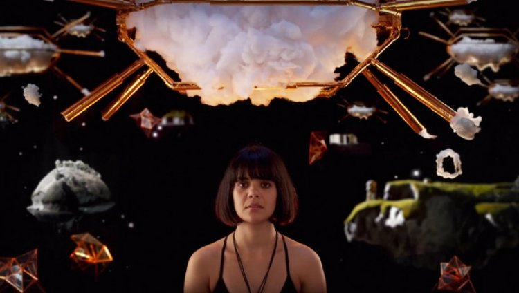 "Bat For Lashes lanza video para ""Lilies"""