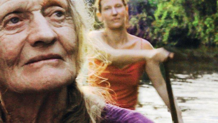 Amazona, una producción dirigida por Clare Weiskopf y Nicolás Van Hemelryck