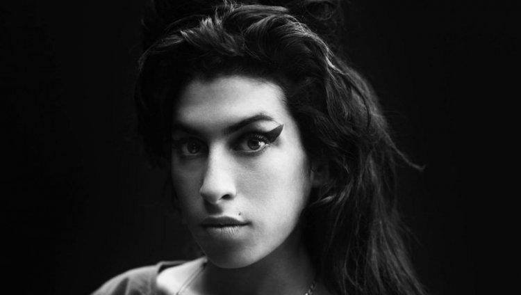 Amy nació el 14 de septiembre de 1983 y falleció el 23 de julio del 2011