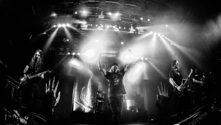 Una noche en las puertas del melodic death metal sueco