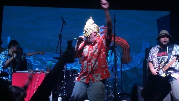 [En vivo] Volaron empanadas: Flying Bananas presentó su nuevo disco.