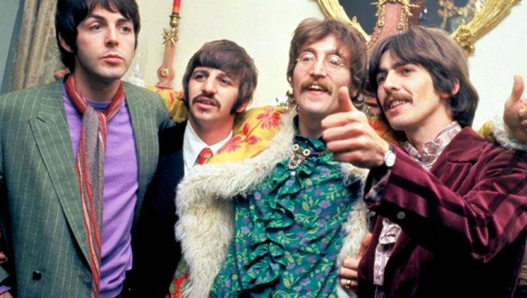 Así se celebran los 50 años del 'Sgt. Pepper's Lonely Hearts Club ...
