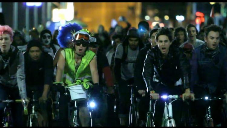 11 videos musicales en bicicleta
