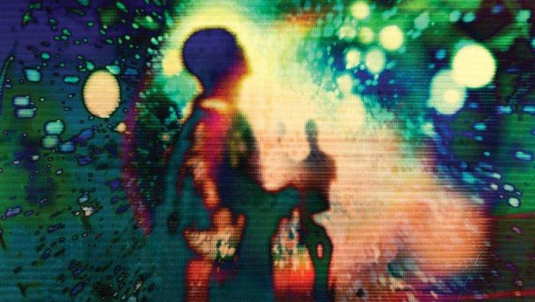 Placebo estrena nueve videoclips en una semana