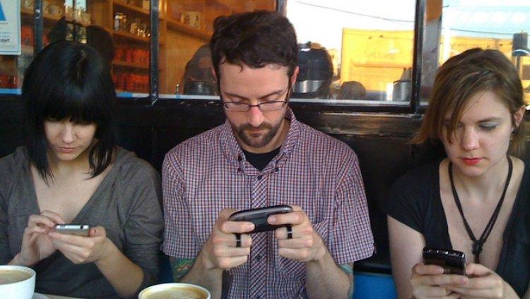 Tres realidades, tres opciones y tres miradas a las redes sociales y al contenido digital