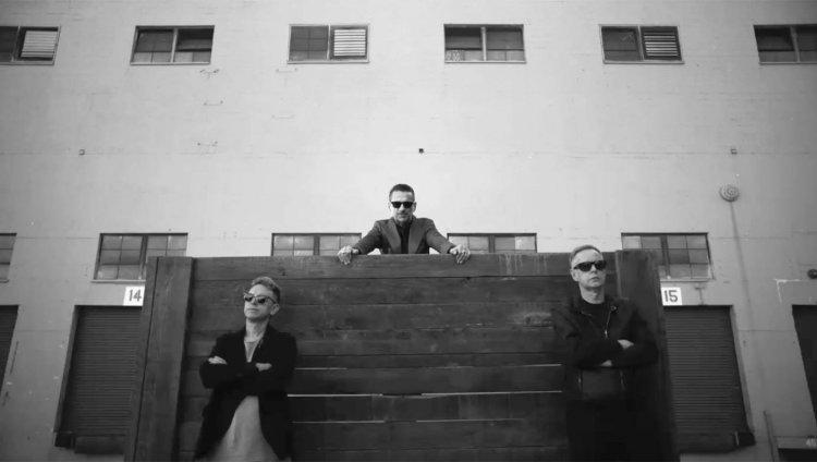 Imagen tomada de Facebook: Depeche Mode