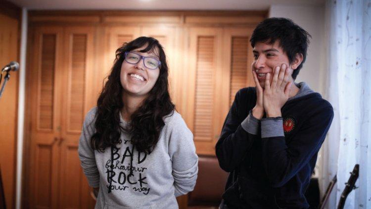 Laura Perilla y Juan Hernández. Electric Mistakes. Fotos: Sandro Sánchez