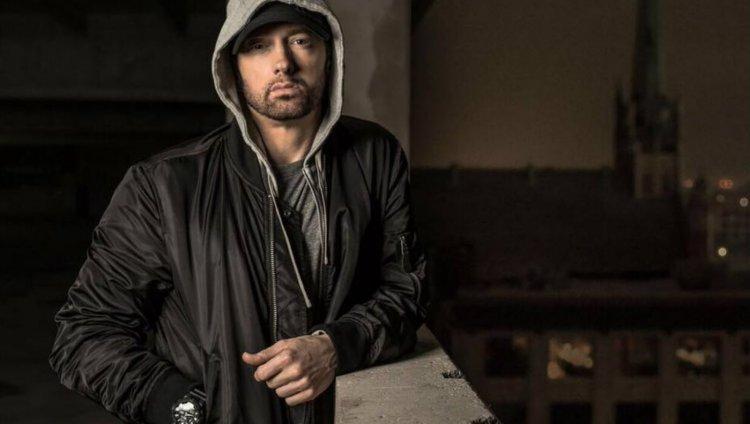 Imagen tomada de Facebook: Eminem