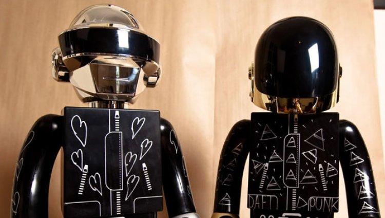 Escuchen 15 segundos de lo nuevo de Daft Punk