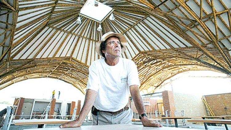 Simón Vélez, el colombiano que construye sostenibilidad en guadua