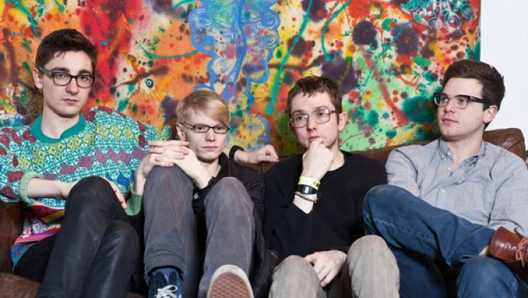 "Alt – J ""An Awesome Wave"""