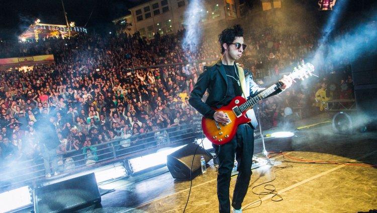 """""""Rock N' lOve"""" hace parte del """"Historias Mínimas"""", el segundo álbum de la banda."""