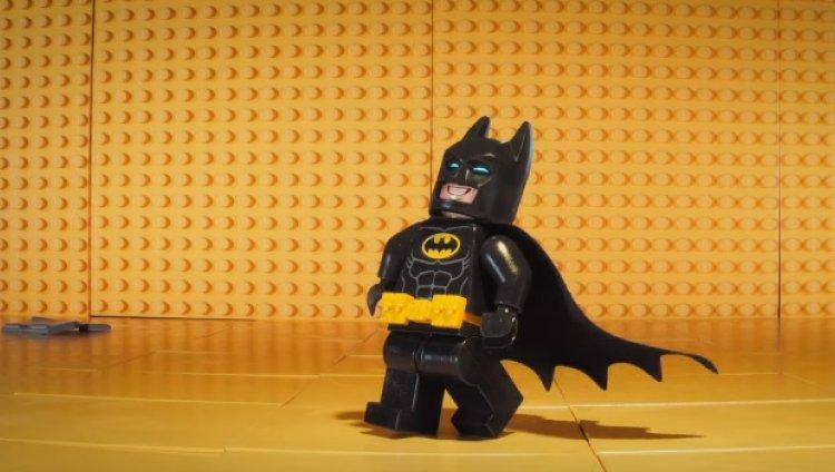 Chris McKay (Robot Chicken) está en la dirección de esta nueva entrega del hombre murciélago