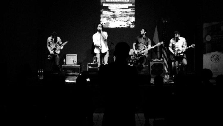 Los Hotpants en vivo. Foto tomada del Facebook de la banda.