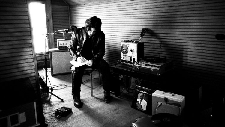 Esta es la primera vez que Jack White escribe y produce música para un programa de televisión.