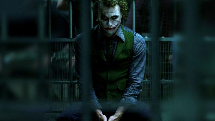 """Heath Ledger dirigió los videos terroristas que aparecen en """"The dark night"""""""