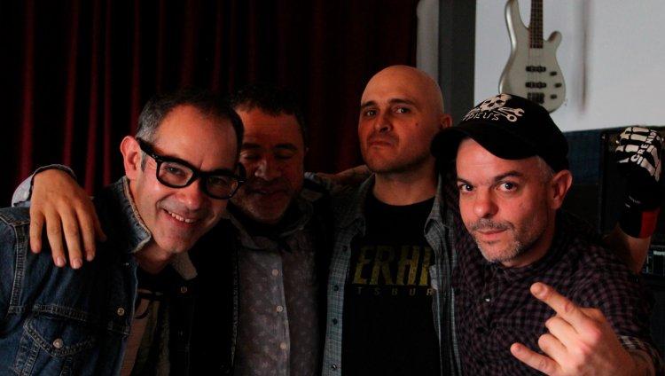 'La Máquina' es un documental de Daniel Cortázar Triana, Carlos Fernando Arjona y David Cuadros González.