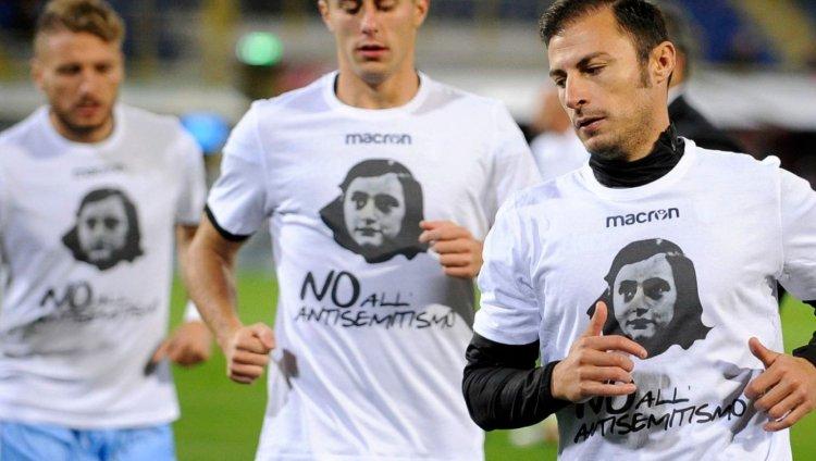 Jugadores de la Lazio. Foto de Marco Rosi / Getty Images