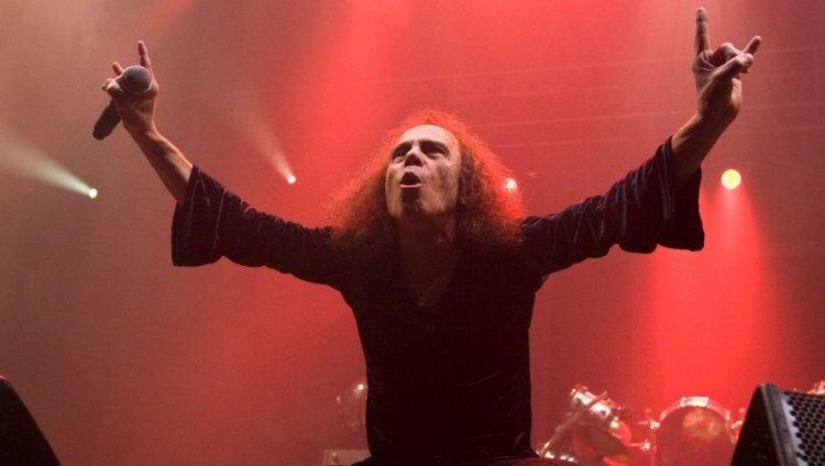 Ronnie James Dio. Foto tomada de marvin.com.mx