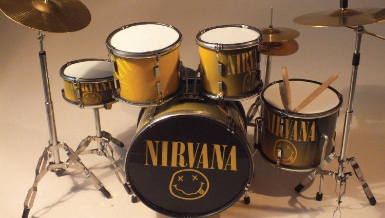 Nirvana solo editó tres álbumes de estudio en toda su carrera de 1989 a 1993.