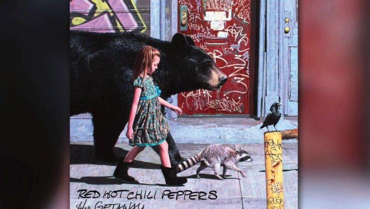 Escuchen la nueva canción de Red Hot Chili Peppers