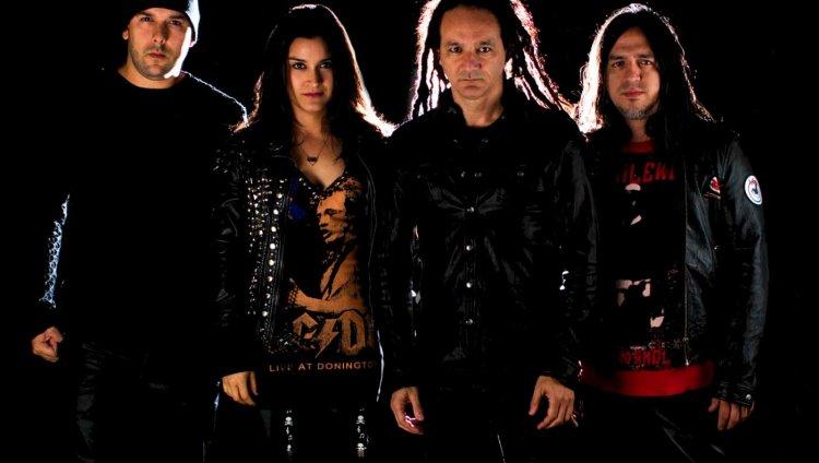 En la actualidad La Pestilencia son: Marcelo Gómez, Isabel Valencia, Dilson Díaz y Carlos Marín.