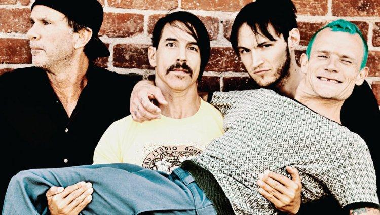Chad Smith, Anthony Kiedis, Josh Klinghoffer y Flea.