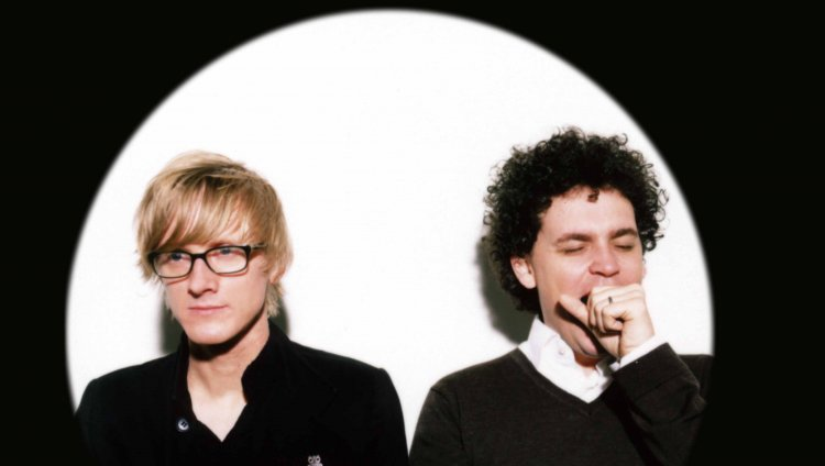 En cuatro entregas regresa Simian Mobile Disco