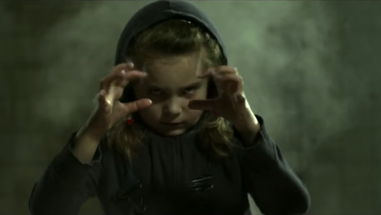 Foto: First Of The Year (Equinox) - Skrillex - Youtube
