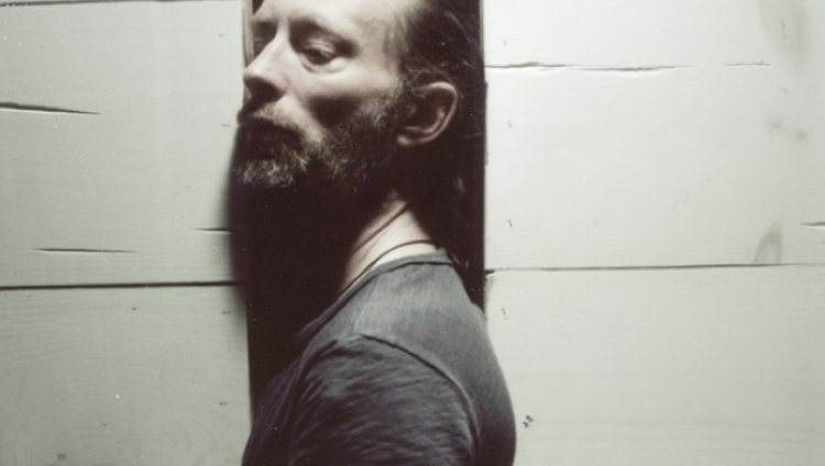 "Escuchen a Thom Yorke en la banda sonora del documental ""The UK Gold"""