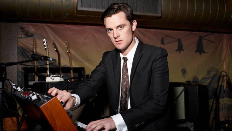 Nick McCarthy nació en Blackpool, Inglaterra  el 13 de diciembre de 1974