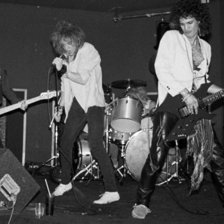 Axl Rose, Slash, Steven Adler, Steven Darrow. Hollywood Rose, 1984