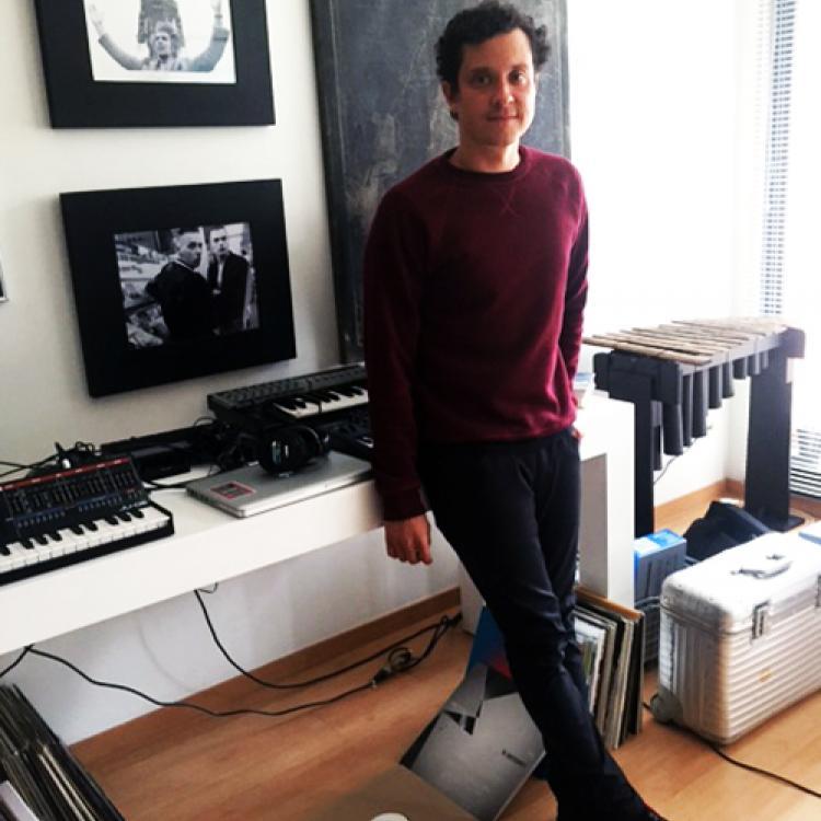 Julio Victoria - DJ colombiano