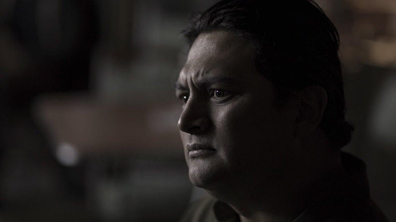 Henry es interpretado por Andrés Castañeda