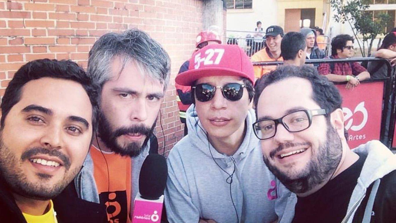 Selfie de Diego Londoño, Iván García 'Don Bestia', Gonzalo Rodríguez y Manuel Carreño. Staff Radiónica. 12 de septiembre de 2015.