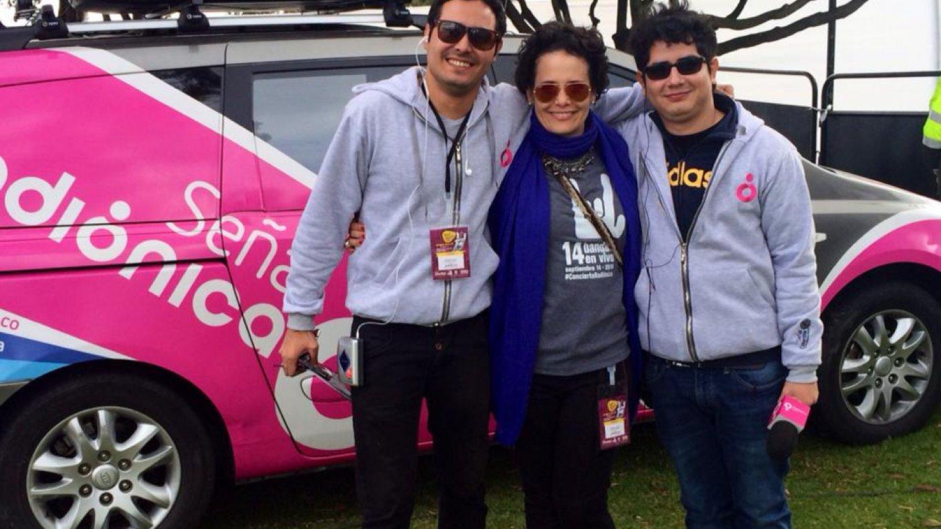 Diego Londoño, Catalina Ceballos (Cata, nuestra subgerente) y Luis Carlos Pinzón (equipo Santander), en Rock Al Parque. 2014.