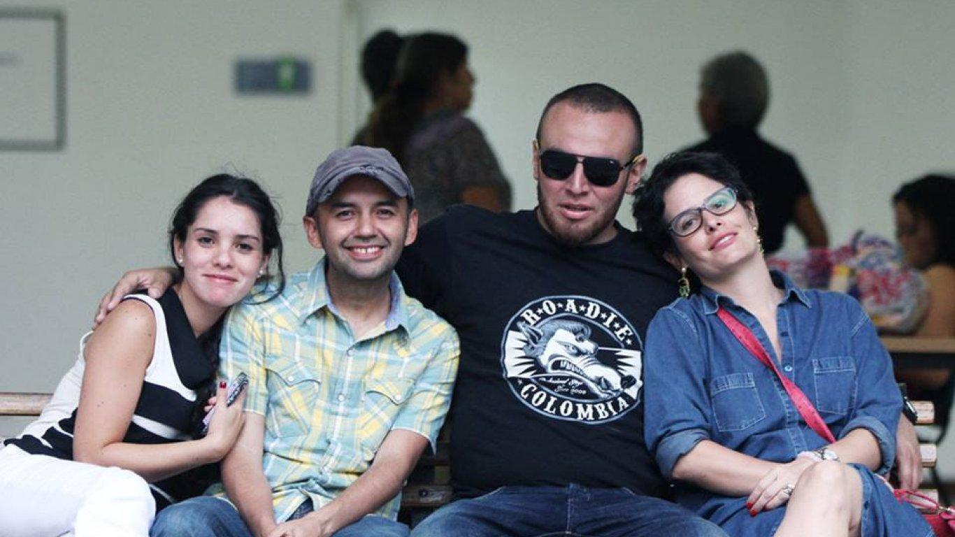 María Fernanda Melo (exintegrante del equipo de Proyectos), El Profe, Donny Rubiano (un amigo de la casa en el cielo) y Cata.