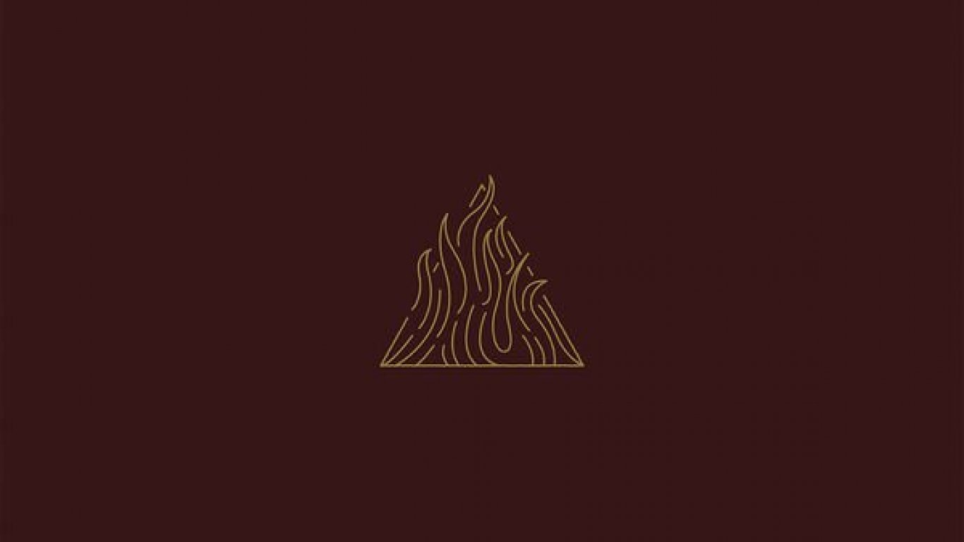 No. 15 'The Sin And The Sentence' de Trivium (Roadrunner)