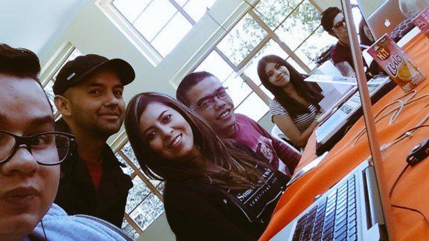 Selfie de Felipe Reyes, nuestro productor de audio, en el #CR10Años. 12 de septiembre de 2015.