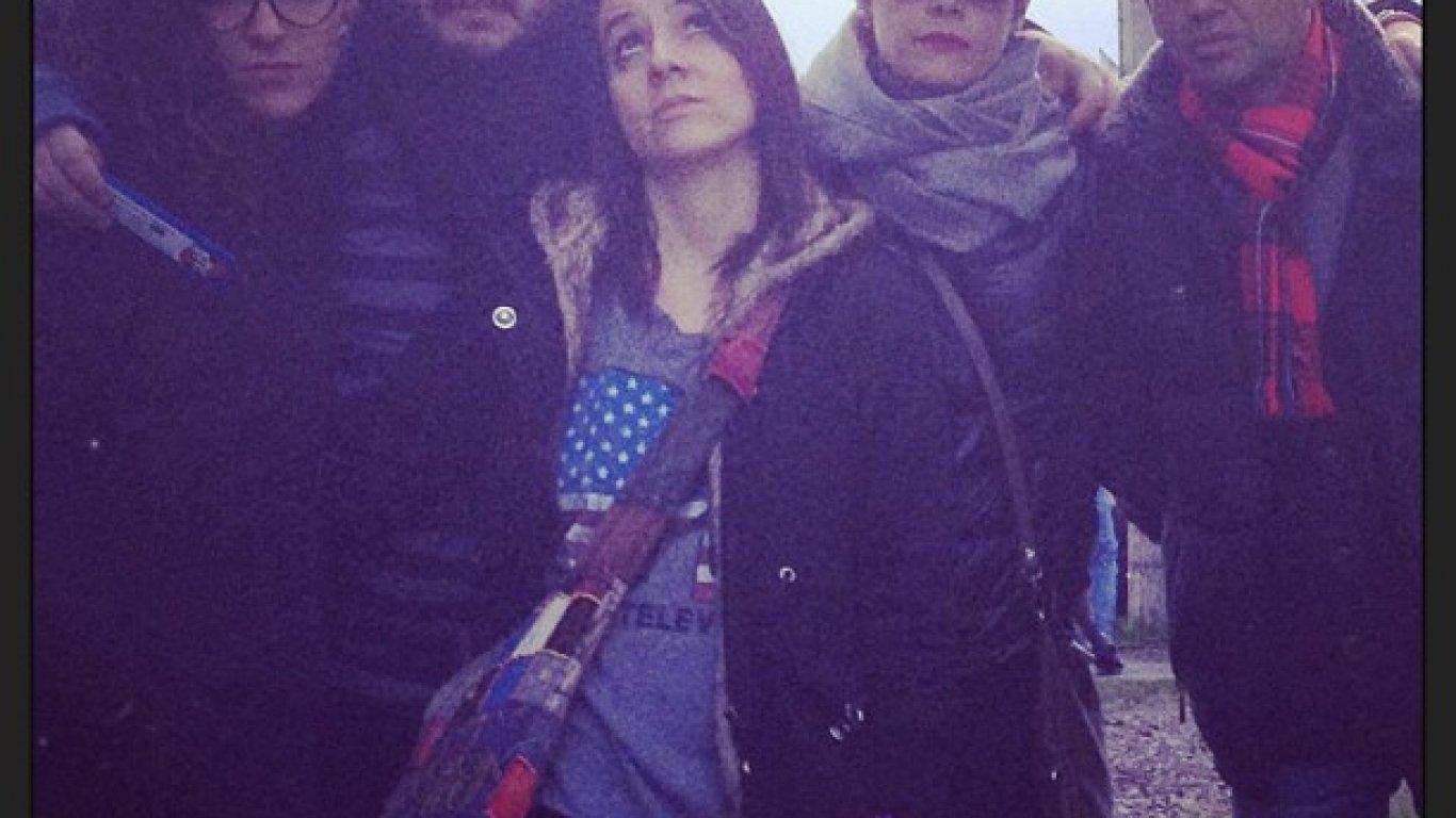 Simona Sánchez, Manuel Carreño, Dahiana Rodríguez, Catalina Ceballos y El Profe en el concierto de The Cure. 19 de abril de 2013.