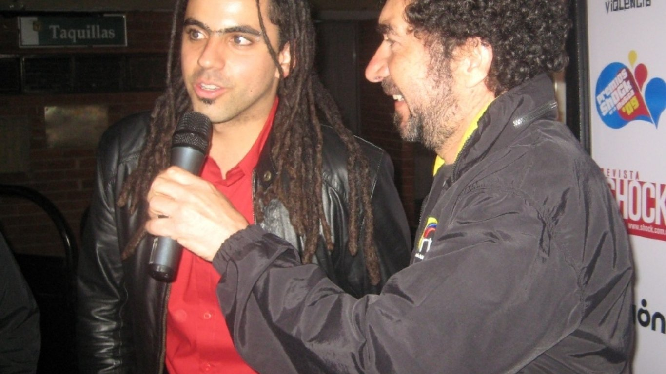 'El Maestro' Willi Vergara entrevistando a Alfonso Espriella en los Premios Shock 2009.