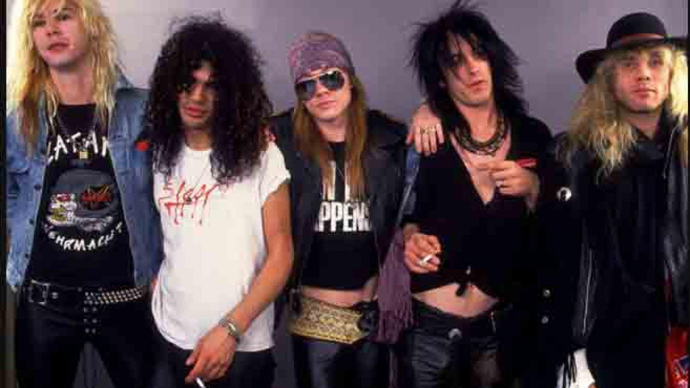 Axl Rose, Izzy Stradlin, Slash, Duff McKagan, Steven Adler (1985-1990)