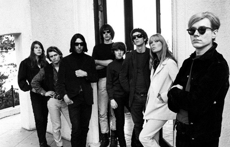 Andy Warhol y The velvet Underground