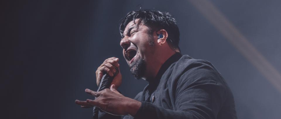 Chino Moreno de Deftones en vivo en Bogotá. Fotos cortesía de Khristian Forero de Rockaxis.