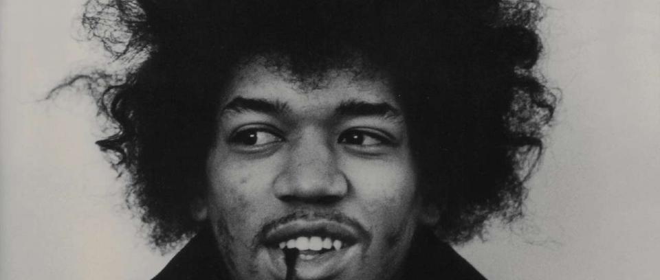 El guitarrista, cantante y compositor estadounidense nació el 27 de noviembre de 1942 en Seattle.
