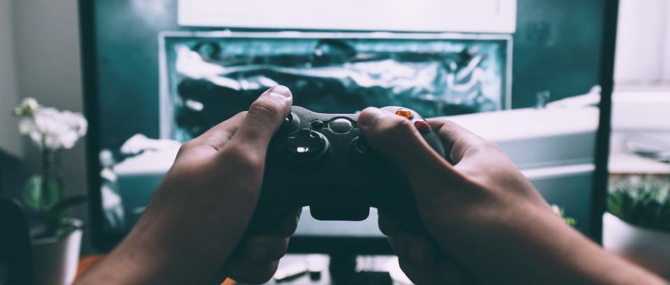 ¿Cuál es su consola de videojuegos favorita? foto de Glenn Carstens-Peters en Unsplash.